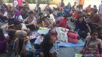 Cerita Pencari Angpao, 10 Jam Masih Bertahan di Vihara Dharma Bakti