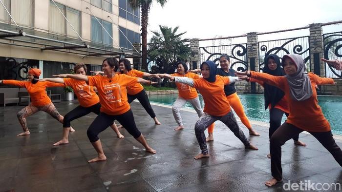 Yoga untuk melawan sel kanker. (Foto: Hilda Meilisa Rinanda)