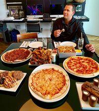J.Lo dan Pasangan 'Makan Besar' Untuk Rayakan Sukses Diet 10 Harinya