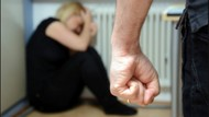 Siksa Istrinya Hingga Tewas, Warga Ambon Dituntut 14 Tahun Penjara