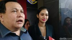 Rampung Jalani Pemeriksaan, Della Perez Mengaku Lega
