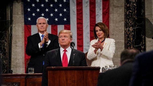 Trump Tetap Ngotot Bangun Tembok Batas, Shutdown Membayangi?