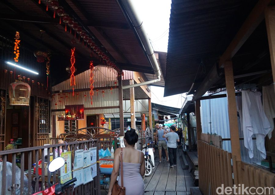 Namanya Chew Jetty, kampung nelayan yang berubah jadi destinasi wisata yang ikonik di Penang, Malaysia. (Syanti/detikTravel)