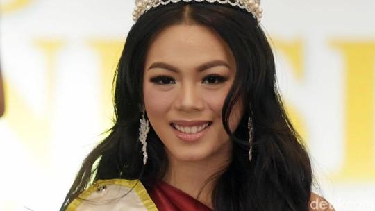 Senyum Manis Alya Nurshabrina