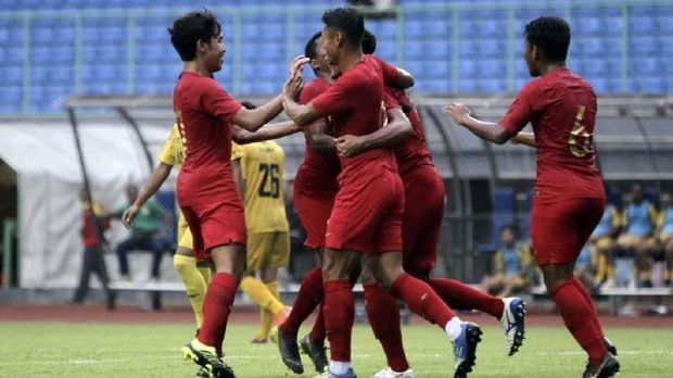 Hanif Sjahbandi menilai permainan Timnas Indonesia semakin baik.