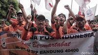Mengadu ke Jokowi, Pak Pos: Selama Ini Kami Tertindas!