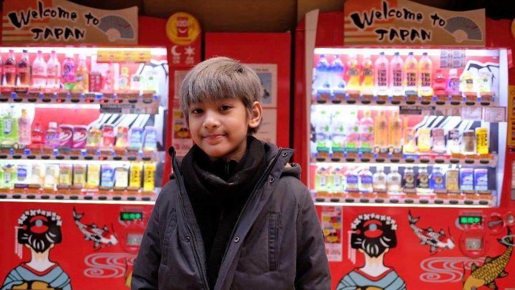 Si Ganteng Kenzy, Anak Andre Taulany yang Doyan Kulineran