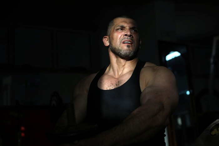 Semasa aktif sebagai muazin, Masri juga sering mendorong kaum muda untuk pergi ke gym. (REUTERS/Ammar Awad)
