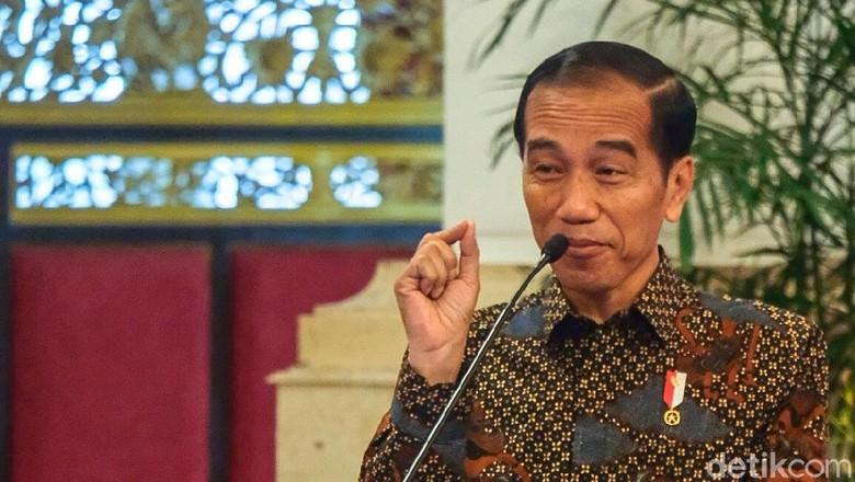 Di Cianjur, Jokowi Serahkan Surat Pemanfaatan Hutan Hingga ke Ponpes