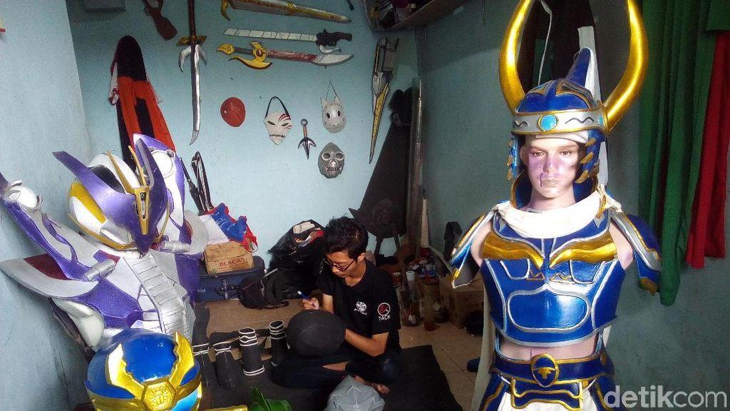 Kostum Cosplay Buatan Kudus Laris Dijual ke AS hingga Inggris