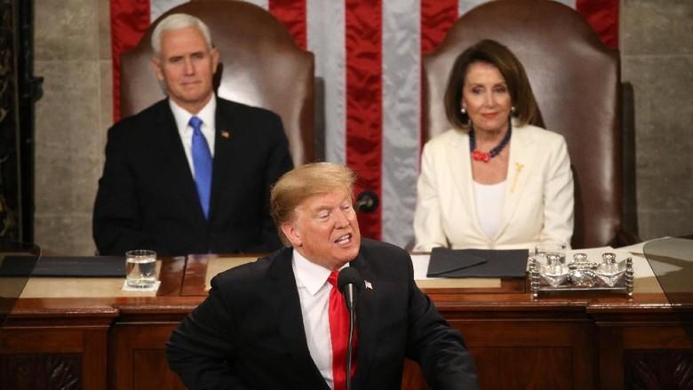 Pidato Kenegaraan di Kongres, Trump Bersikeras Bangun Tembok Meksiko