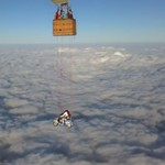Ekstrem, Vespa Diajak Terbang di Ketinggian 23.000 Kaki