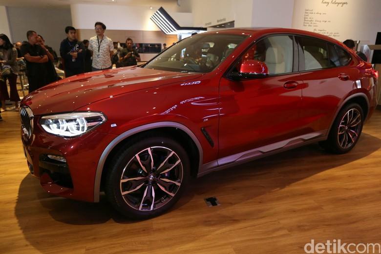 ll New BMW X4 Mengaspal di Jakarta. Foto: Agung Pambudhy