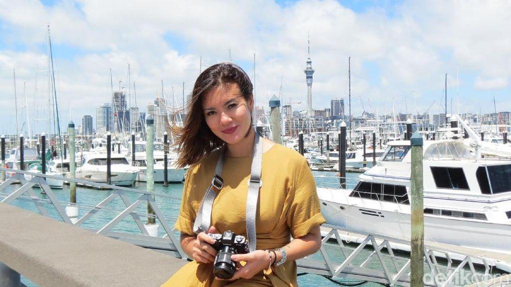 Foto: Gaya Liburan Aline Adita di Selandia Baru