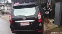 Pengendara Tewas Usai Mobil Tabrak Pagar Rumah di Makassar