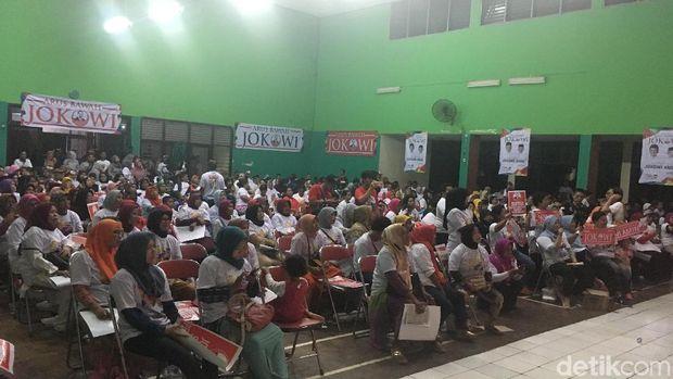 deklarasi Arus Bawah Jokowi, di GOR Balai Rakyat, Cakung, Jakarta Timur, Kamis (7/2/2019).