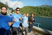 Baru-baru ini, Sandiaga Uno jogging pagi hari di Telaga Sarangan, Magetan. Suatu destinasi wisata yang indah di Jawa Timur (Instagram/sandiuno)