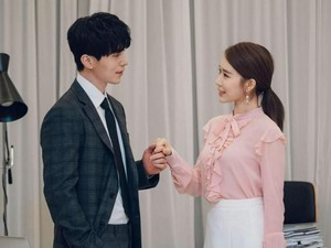 April Mop, Pecinta Drakor Tertipu Kabar Lee Dong Wook dan Yoo In Na Menikah