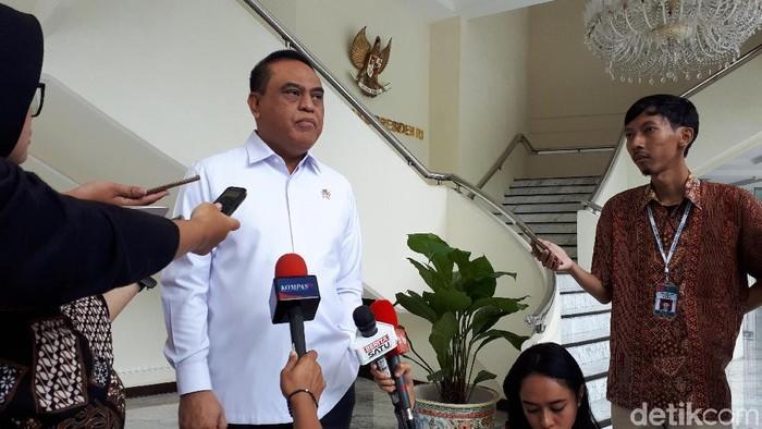 Menteri Pendayagunaan Aparatur Negara dan Reformasi Birokrasi Syafruddin (Noval/detikcom)