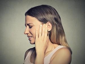 Tragis, Wanita Ini Kehilangan Telinga Gara-gara Perawatan Tanning