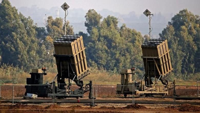 Balas Serangan Roket, Jet Tempur Israel Bombardir Hamas di Gaza