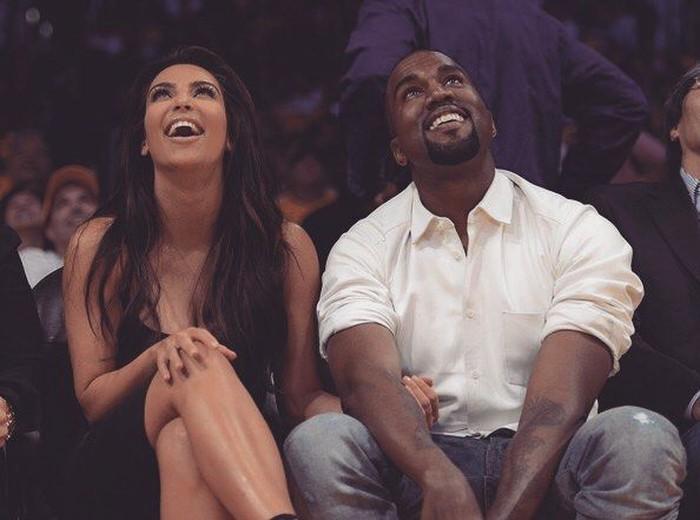 Awal tahun lalu, Kim dan Kanye dikabarkan bersiap menyambut kedatangan anggota keluarga baru. Ya, anak keempat mereka! Foto: Instagram Kim Kardashian