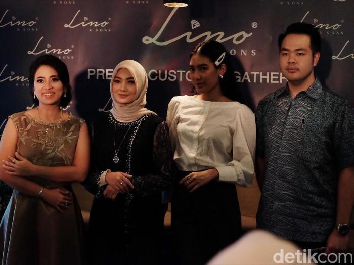 Lino & Sons merilis perhiasan berlian khusus untuk hijabers. Foto: Silmia Putri/Wolipop