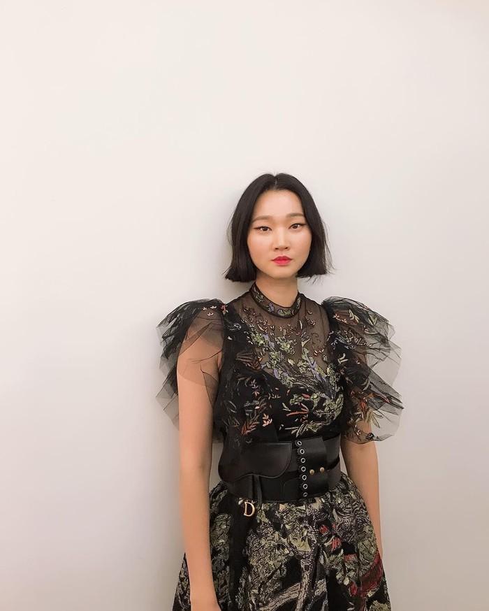 Memulai karir modelnya di usia 17, Yoon-ju bisa dibilang model kawakan Korea. Ia eksis di Instagram dengan followers mencapai 1,1 juta. Foto: Instagram yoonjujang