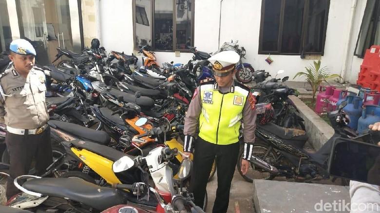Polisi: Adi Saputra yang Banting Motor Bisa Dijerat Pasal Penadahan