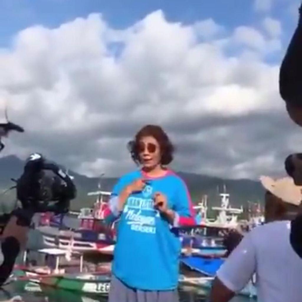 Dear Netizen, Menteri Susi Ajak Kita Jaga Kebersihan Pantai
