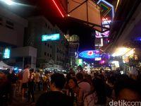 Salah satu bar di jalan Khao San (Shinta/detikTravel)