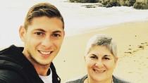 5 Momen Kedekatan Pesepak Bola Emiliano Sala dengan Ibunda