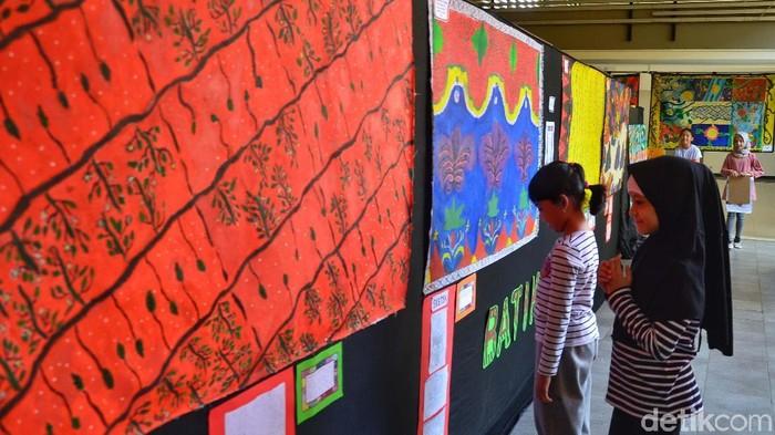 Keren Beragam Motif Batik Karya Siswa Sd Dipamerkan