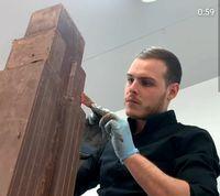 Keren! Chef Ini Buat Miniatur Empire State Building Dari 61 KG Cokelat