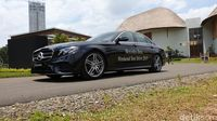 Mercedes-Benz E 350 EQ Boost.