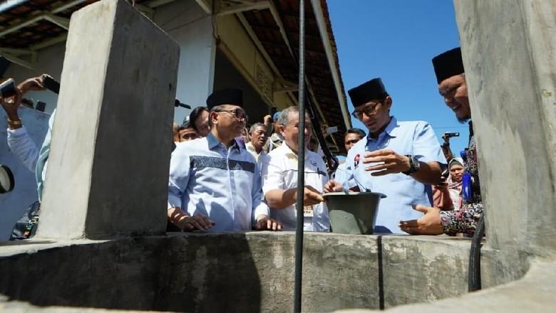 Sandiaga Kunjungi Rumah Pengasingan Bung Karno di Bengkulu