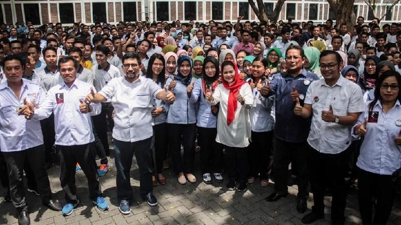 Fadli Zon Enggan Minta Maaf, Prabowo akan Ditinggal Santri?