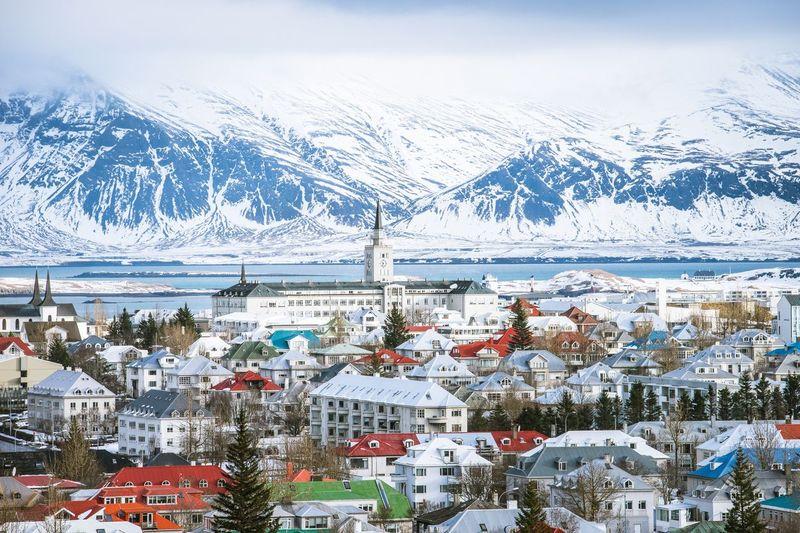 Dalam catatan United Nations Office on Drugs and Crime (UNODC) dari PBB, Islandia angka kriminalitas di Islandia hanya 1,8 per 100.000 penduduk. Islandia pun selalu masuk dalam daftar negara paling bahagia sedunia (iStock)