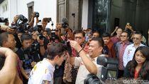 Pakai Bandros ke Gedung Sate, Marquez Diberi Iket Sunda