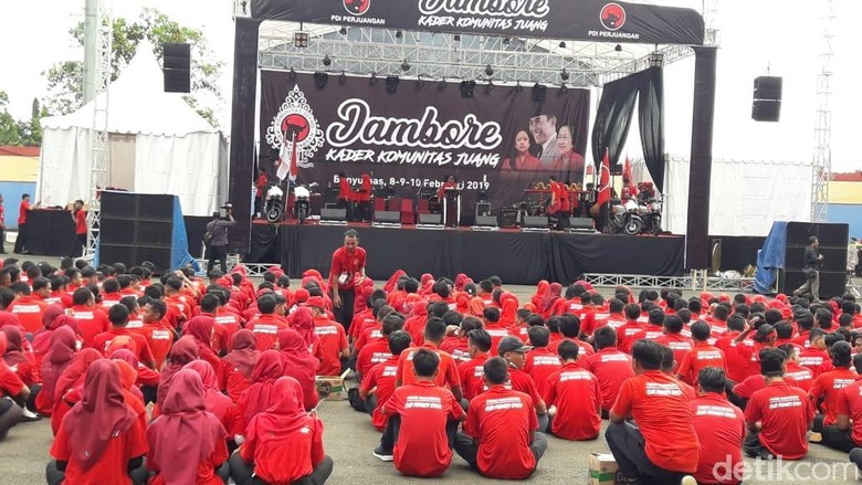 Kader Komunitas Juang PDIP Ikuti Jambore di Banyumas