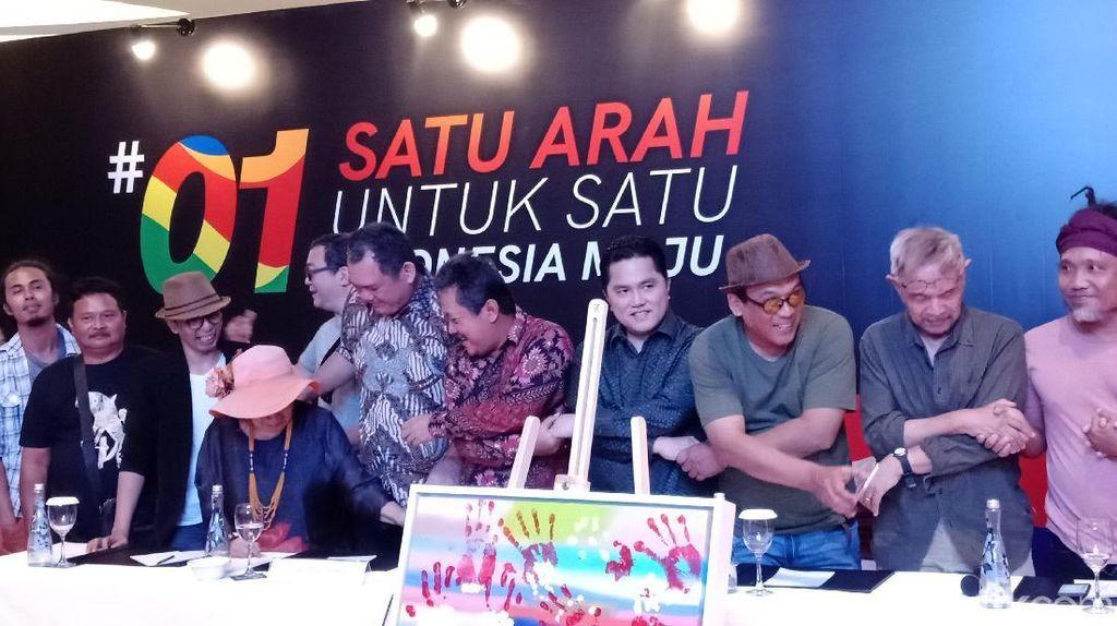 Puluhan Seniman Gelar Pameran Lukisan Dukung Jokowi: Presiden Impian