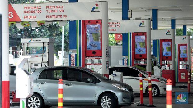 Jokowi dan Janji Politik Soal BBM dan Tarif Listrik