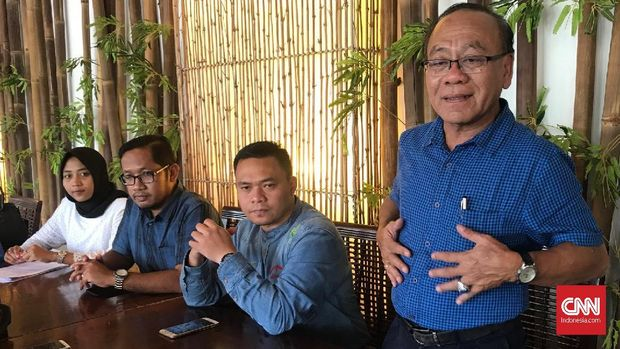 Kuasa Hukum tersangka pengaturan skor sepak bola Priyanto dan Anik Yuni Kartikasari, Ignatius Kuncoro.