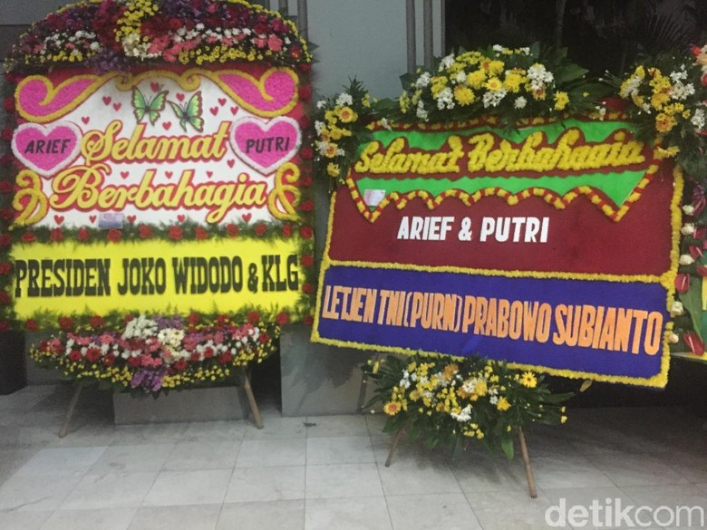 Karangan Bunga dari Jokowi-Prabowo Hiasi Pernikahan Waketum Gerindra