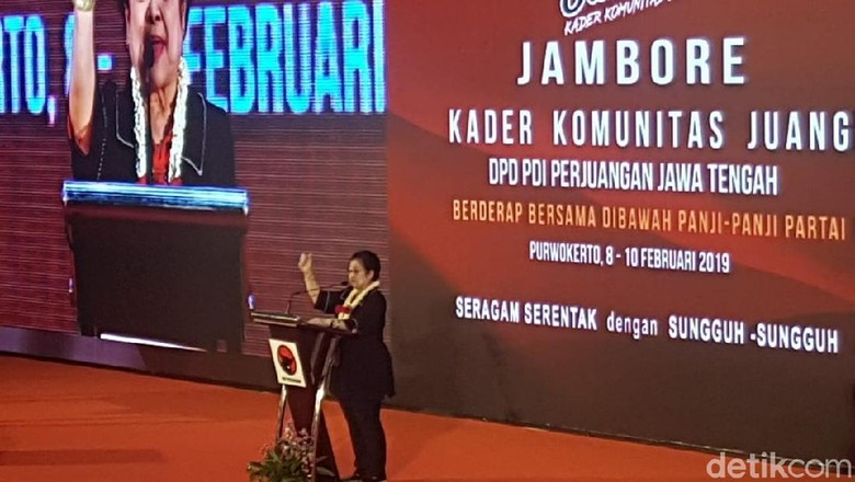Megawati Tantang Penyebar Kebencian Keluar untuk Menemuinya