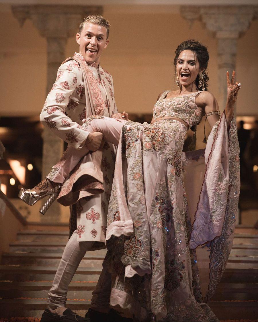Foto: Pernikahan Mewah Selebgram India, Ganti Baju Pengantin 8 Kali