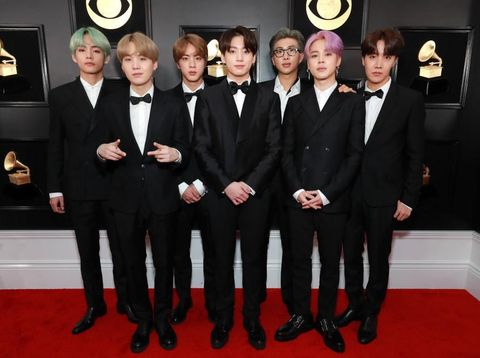 Penampilan BTS di red carpet Grammy Awards 2019.