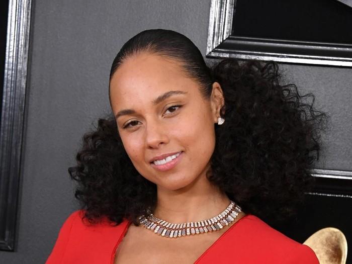 Alicia Keys Tampil Tanpa Make Up di Grammy Awards 2019