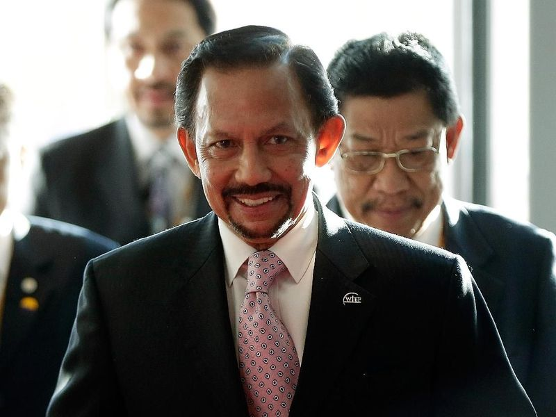 Per 3 April 2019, Brunei menetapkan hukuman rajam alias hukuman mati bagi para pelaku LGBT. Meski banyak mendapat banyak kecaman negara lain, pemerintah Brunei dalam hal ini Sultan Hassanal Bolkiah tetap pada ketegasannya (Getty Images)