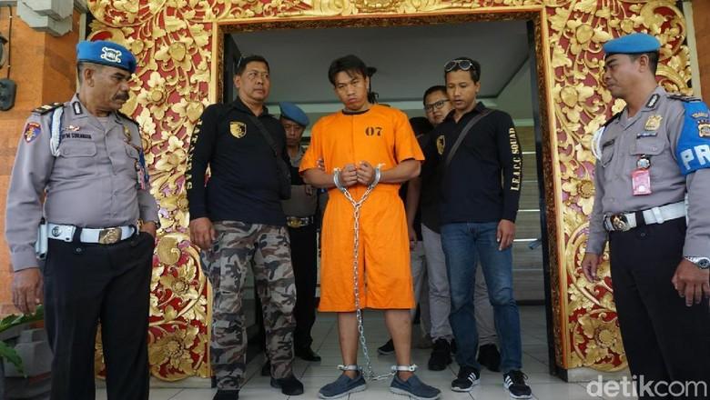 Polisi Tangkap Pelaku Pemukulan Gegara Bendera Parpol di Bali yang Viral